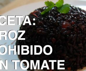ARROZ PROHIBIDO (arroz negro) CON TOMATE | Receta fácil y saludable