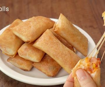[Subtítulo] Rollos de pizza fritos:: Cómo hacer una pizza súper fácil:: Rollos de pizza con huevo